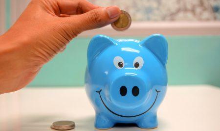 Cum să le vorbești copiilor despre bani. Trucuri pentru părinți