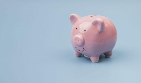 Educația financiară corectă: ce le spunem copiilor despre bani?
